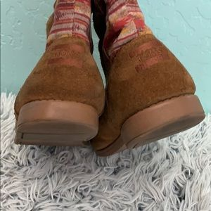 Toms Shoes - Toms suede boots